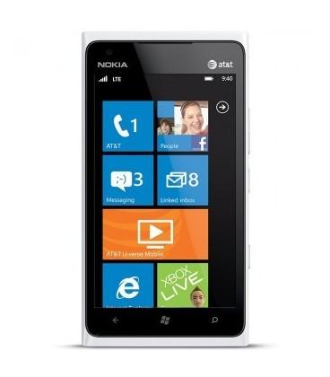 Folii Nokia Lumia 900